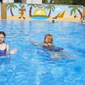 Camping Oase Praha - piscina